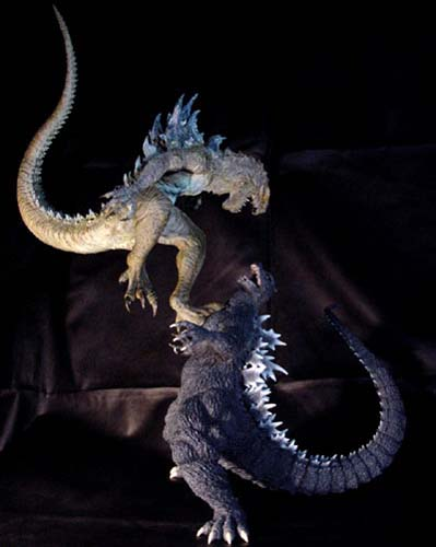 T-Facto Godzilla 2005 vs GODZILLA - 47.8KB
